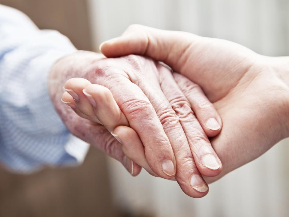 fachowa opieka nad seniorami w prywatnym domu starcow