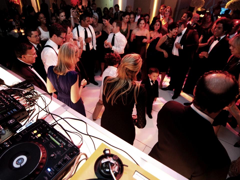 oświetlenie estradowe i nagłośnienie podstwą udanej organizacji imprezy