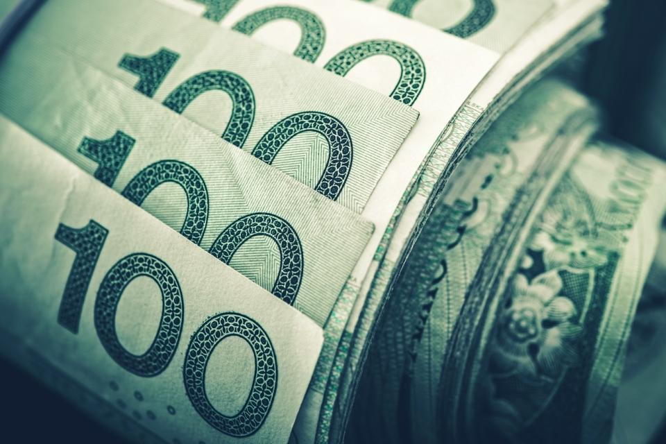 kredyt gotowkowy przy udziale doradcy finansowego